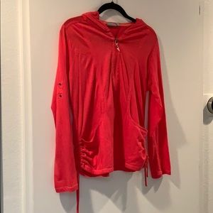 Light sweater jacket in salmon color